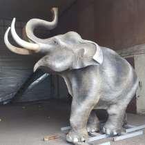 Слон из металла,-скульптура, в Краснодаре