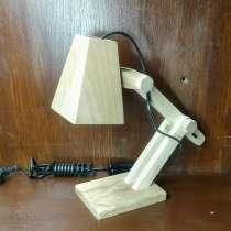 Настольная лампа из дерева, в г.Минск