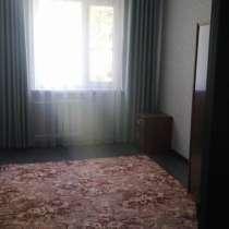 Продаю 3-х комнатную квартиру в 6-м мкр. по старой дороге, в г.Бишкек
