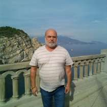 Павел, 61 год, хочет познакомиться –.живу в Ялте. часто бываю в Воронеже у родных, в Воронеже