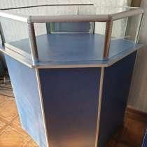 Продам сейф и витрину, в г.Талдыкорган