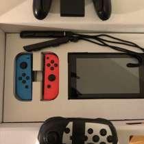 Nintendo switch с контроллерами и 3 играми, в Москве