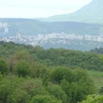 Продается земельный участок в Лучистом под Алуштой, в Симферополе