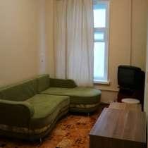 Сдается комната в четырехкомнатной квартире, собственник, в Санкт-Петербурге