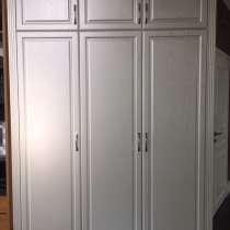Шкаф 3-х створчатый в классическом стиле, в Новосибирске