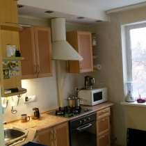 Продаю 4-х комнатную квартиру на Пионерском, в Екатеринбурге