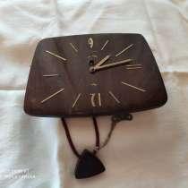 Механические настенные часы в хорошем рабочем состоянии, в Москве