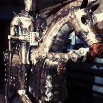 Рыцарь на боевом коне-скульптура, в Краснодаре