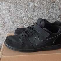 Продам детские кроссовки:, в Челябинске