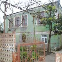 Продажа капитального двухэтажного дома в городе Поти, в г.Поти