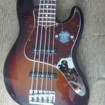 Fender american standard jazz bass 2011 RW 3-color, в Томске
