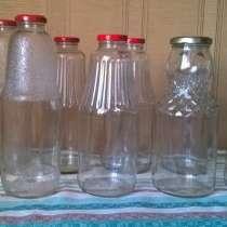 Бутылки 1л с крышками. Чистые, в Новосибирске