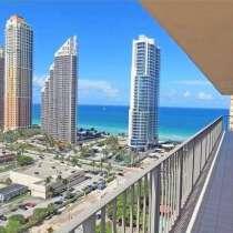 Угловая квартира с видами на океан, в г.Майами