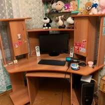 Продам компьютерный стол, в Кировске