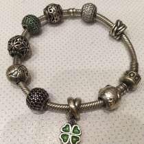 Серебрянный браслет Pandora с шармами, в Москве