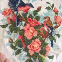 Прекрасные птицы украсят вашу комнату своим ярким мотивом, в Ялте