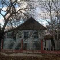 Вдохнисвежесть загородной жизни в небольшом домике в Крыму, в Белогорске