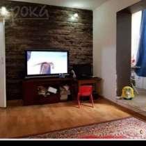 Продаю 1 комнатную квартиру 8 м-н, в г.Бишкек