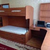 Двухъярусная кровать в комплекте, в Дзержинском