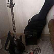 бас-гитару, в Омске
