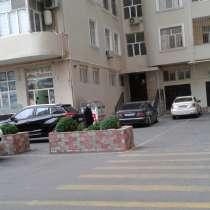 3-otaqlı tam təmirli mənzil kirayə Bakıda, в г.Баку