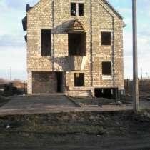 Два смежных участка 18 соток с недостроенным домом, в г.Каховка
