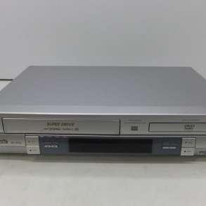 DVD/CD/VHS-плеер с видеомагнитофоном Panasonic NV-VP32 EE, в г.Минск