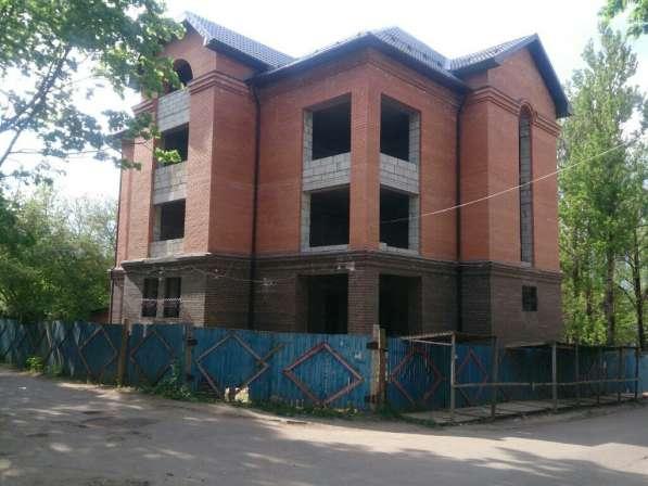 Продаётся административное здание 952 м2 в центре города