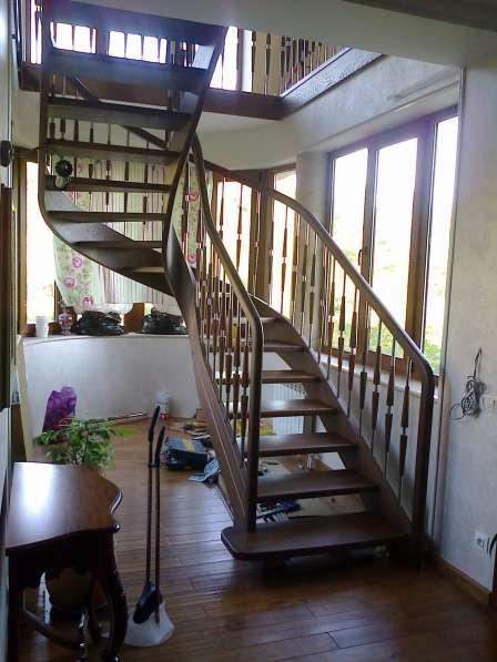 Деревянные лестницы в Сочи любой сложности
