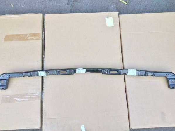 Кронштейн заднего бампера 1J6807861B VAG