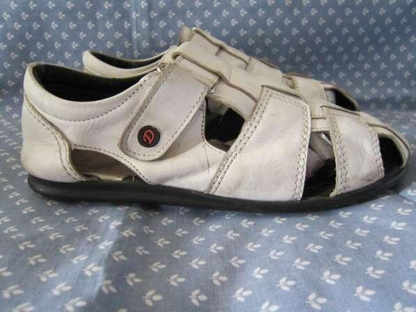 Летняя обувь, сандалии, мокасины в Калининграде