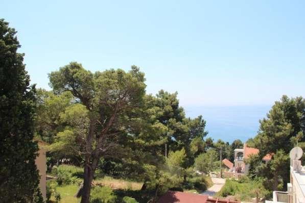 Дом с панорамными окнами, вид на море и горы. Черногория в фото 3