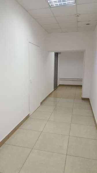 Продаю помещение свободного назначения 234 кв.м.в жилом доме в Санкт-Петербурге фото 9