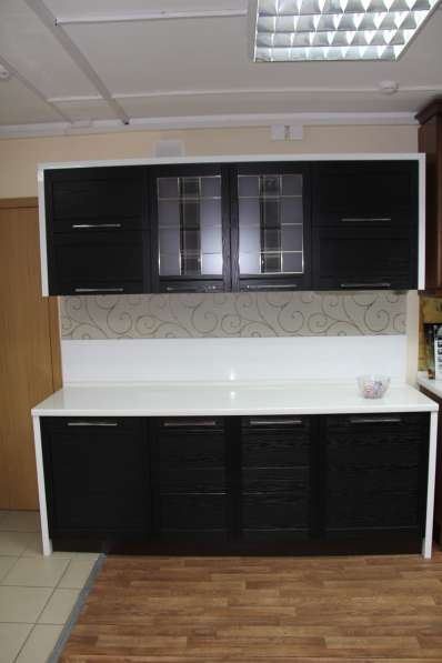 Продам новый кухонный гарнитур Бруно