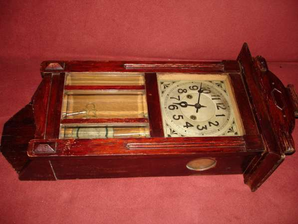 Продаю старинные часы «Gloria» с боем. В рабочем состоянии в Санкт-Петербурге