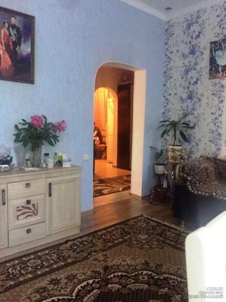 Продам дом на участке 6 соток с фруктовым садом и цветником в Армавире фото 3