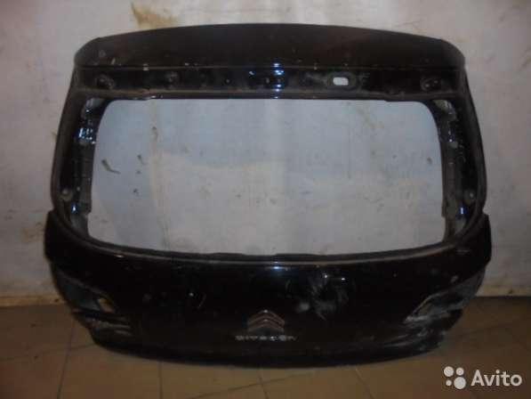 Крышка багажника на Citroen C4