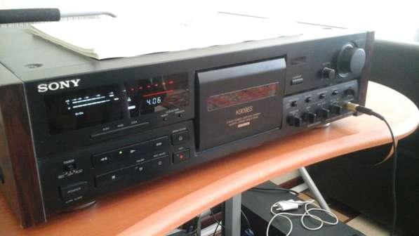 Дека Sony K909ES