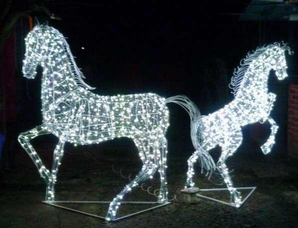 Светодиодная карета, лошади, олени, итп