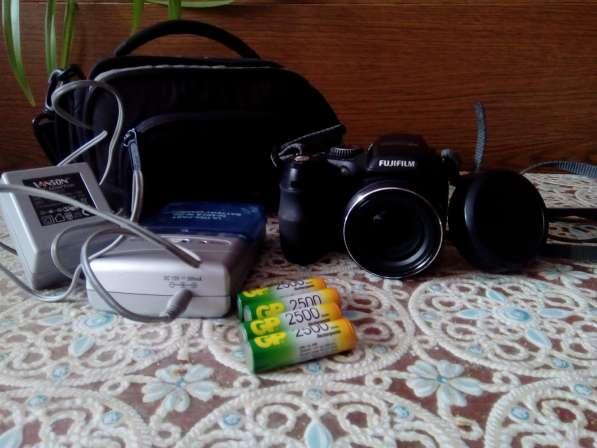 Фотокамера компактная FUJIFILM FINERIX S2100HD
