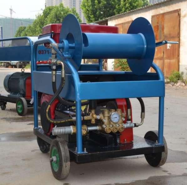 Апарат крот для прочистка канализации