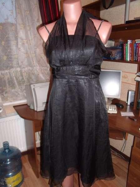 Очаровательное новое платье р.44-46