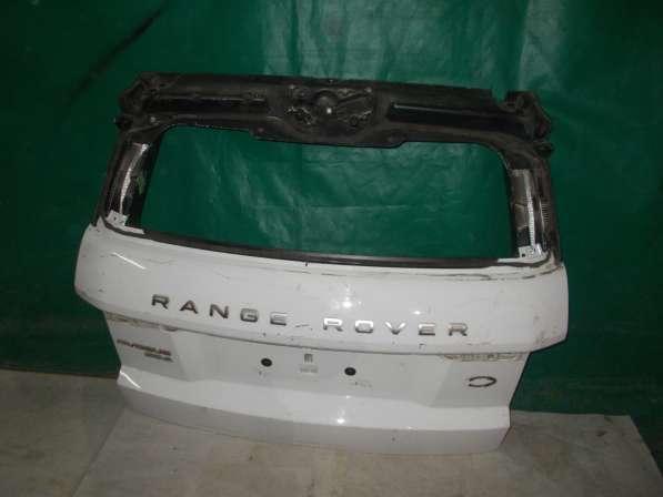 Range Rover Evoque - (белая) Крышка багажника б/у Оригинал