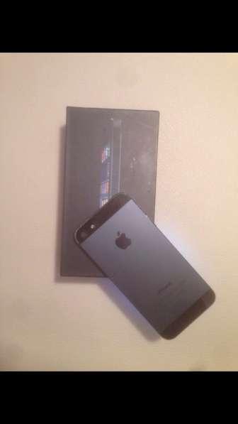 Продам iPhone 5 (16G)