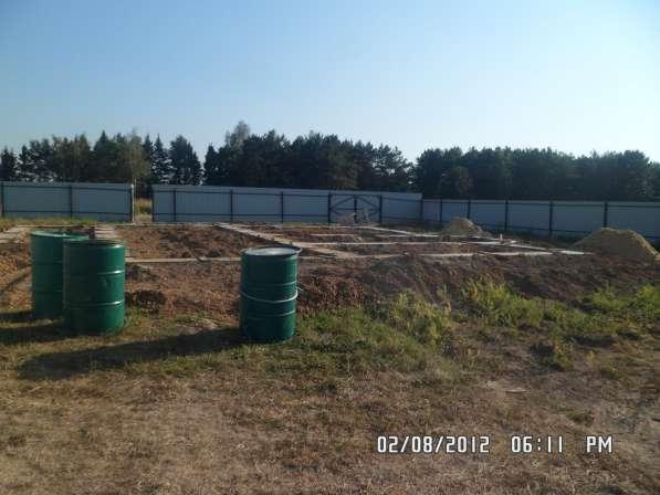 Продается земельный участок с фундаментом под застройку дома