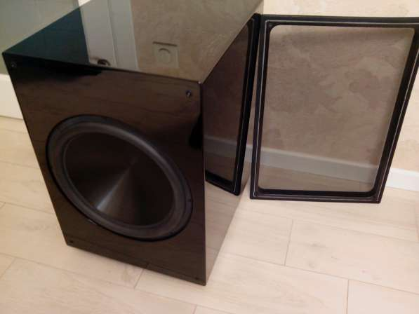 "Саб 15"" -Rythmik Audio F15 Subwoofer Tower Edition"