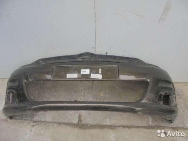 Бампер передний Ситроен С4 2012 года