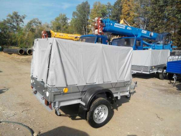 Автомобильный прицеп Трейлер 2,0х1,1м для перевозки различных грузов