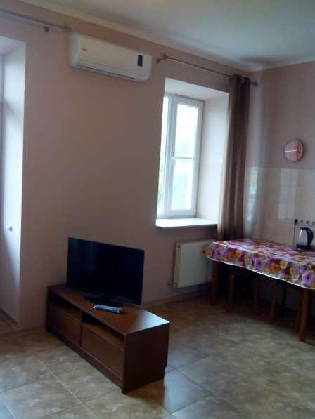 Студия 33м на Парусный 48 с евроремонтом сдаю в Ростове-на-Дону фото 4