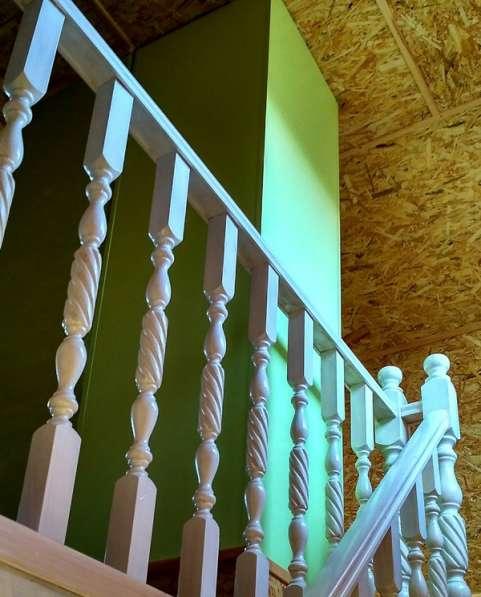 Изготовленные лестниц по индивидуальному заказу в фото 3